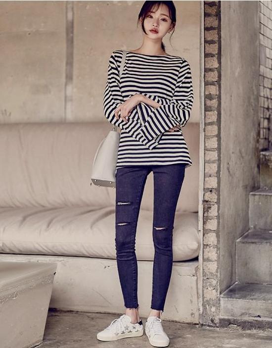 长袖条纹T恤,最容易打造文艺少女风,你会喜欢吗?