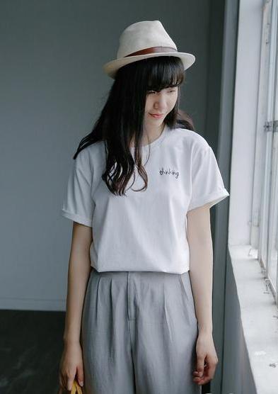 穿什么样的文化衫比较个性好看?
